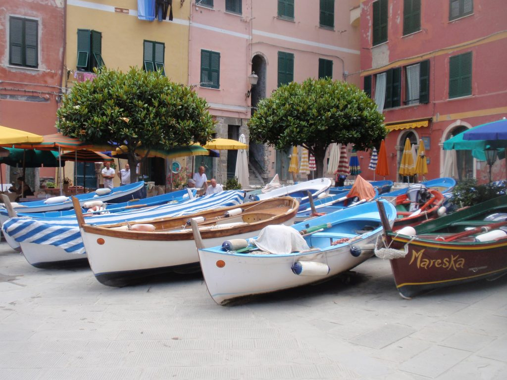 """Row row row your boat, gently into Vernazza..."""