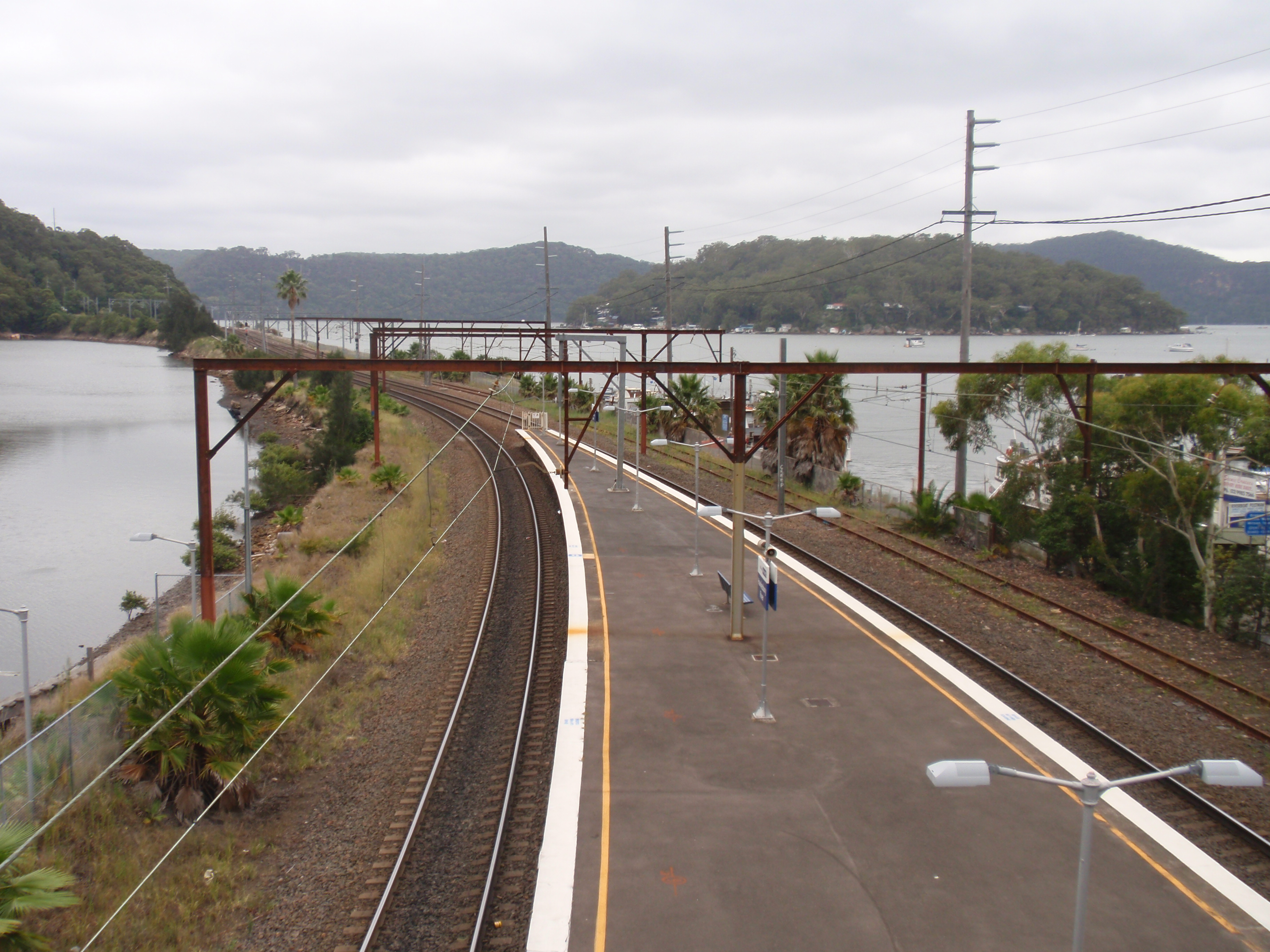 Hawkesbury River, on a cloudy day...