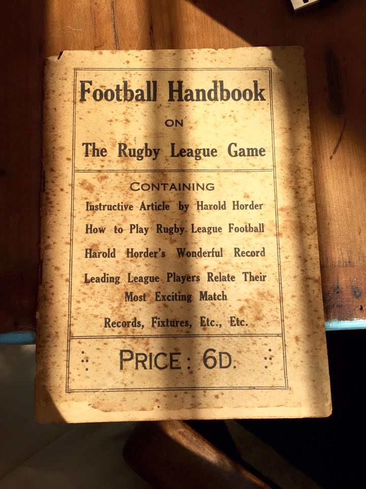 Footy rule book from 1913