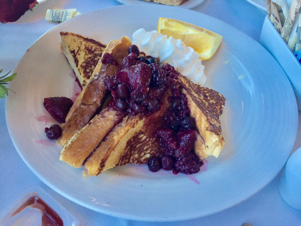 Cheesecake stuffed French toast. Only Via Rail could serve a breakfast this decadent!